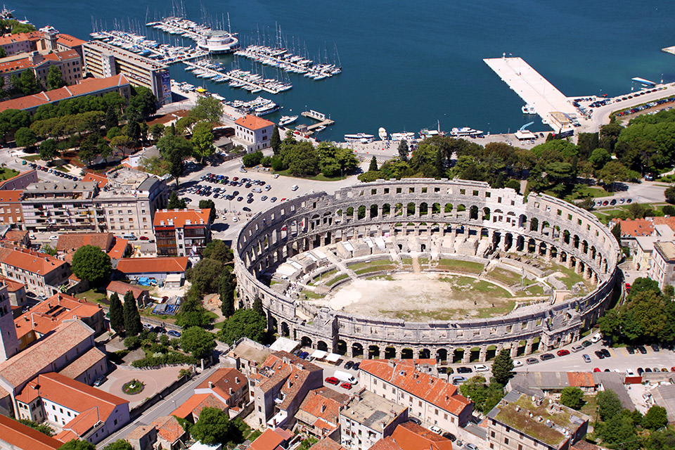 Pula Croatia  City new picture : You are at: Home » Croatia » Pula Croatia – Din epoci romane pe ...